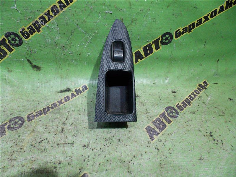 Кнопка стеклоподъемника Honda Stream RN1 D17A 2003 задняя левая