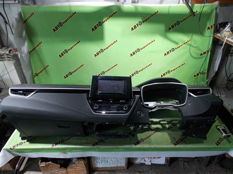 Торпедо Toyota Corolla NRE210 8NR-FTS 2018