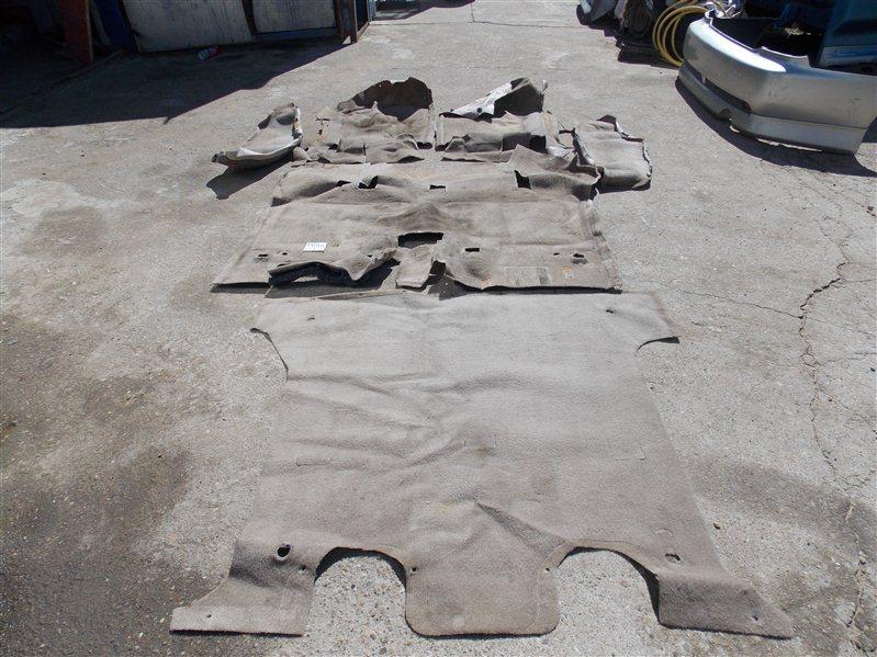 Ковер пола Isuzu Bighorn UBS26GW 6VE1 2001