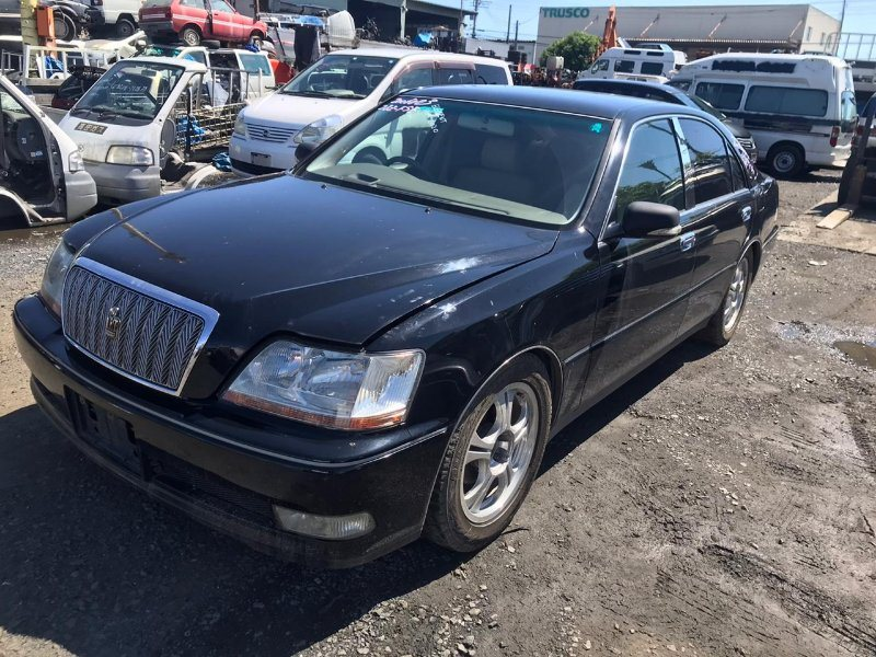 Капот Toyota Crown Majesta JZS177 2JZ-FSE передний
