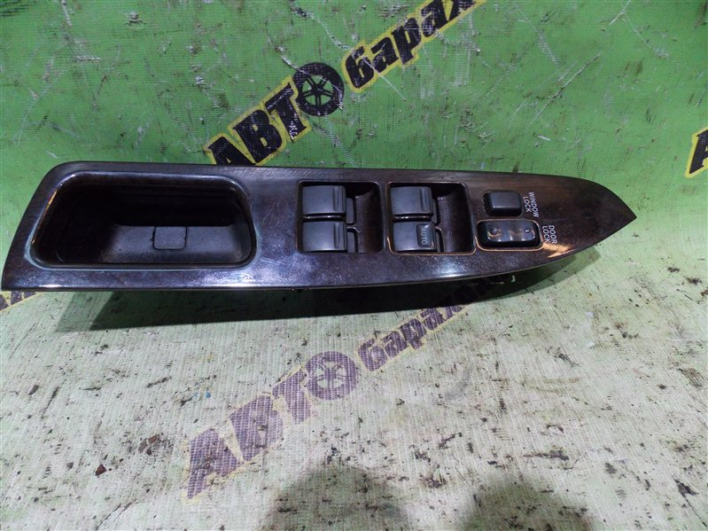 Пульт стеклоподъемника Toyota Mark Ii GX90 1G-FE 1995 передний правый