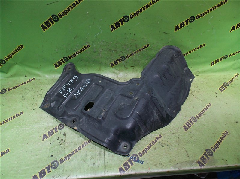 Защита двигателя Toyota Corolla Spacio AE111 4A-FE 1996 передняя правая