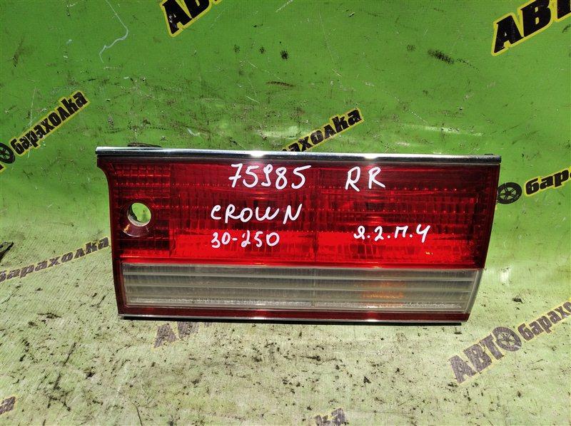 Вставка между стопов Toyota Crown GS151 1G-FE (BEAMS) 1999 задняя правая