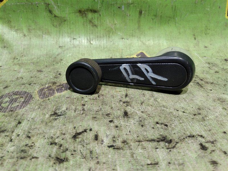 Ручка стеклоподъемника Toyota Corolla EE102 4E-FE задняя правая
