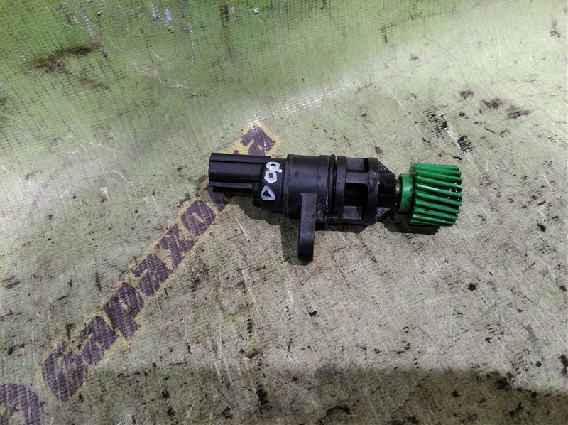 Датчик скорости Nissan Vanette SK82 F8