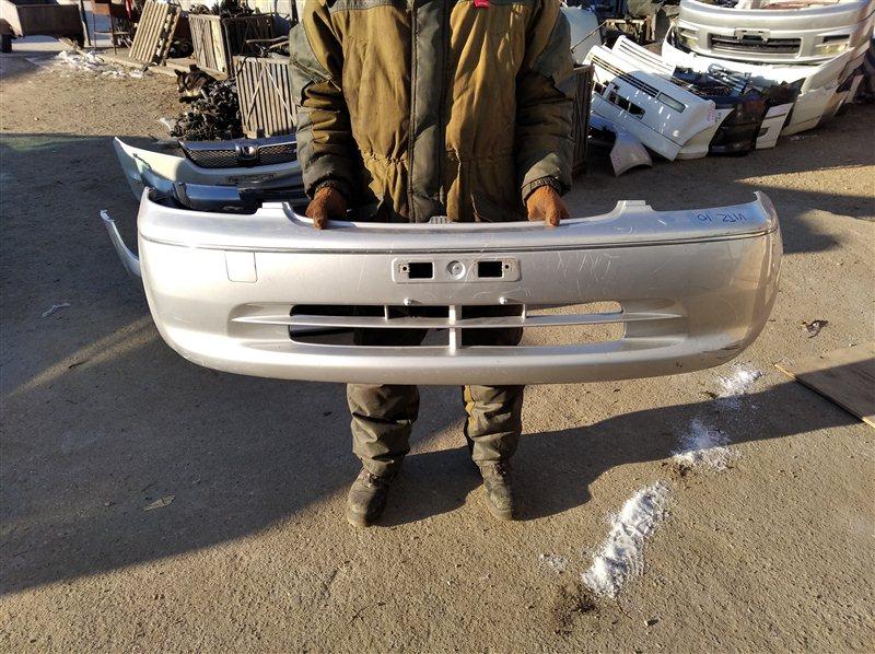 Бампер Toyota Vitz Clavia NCP10 передний