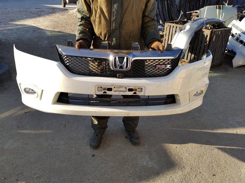 Бампер Honda Stream RN6 передний
