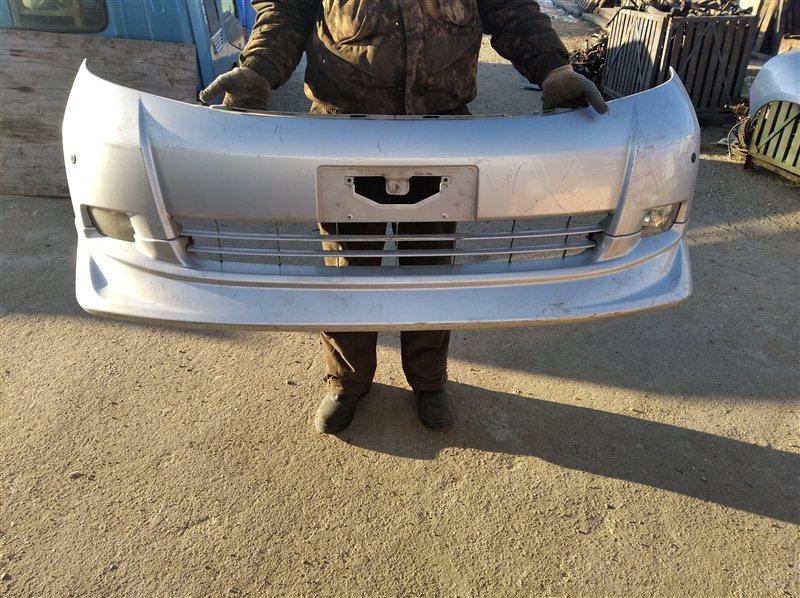 Бампер Toyota Isis ANM10 передний
