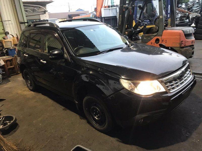 Решетка радиатора Subaru Forester SHJ FB20ASZNXA 2011 передняя