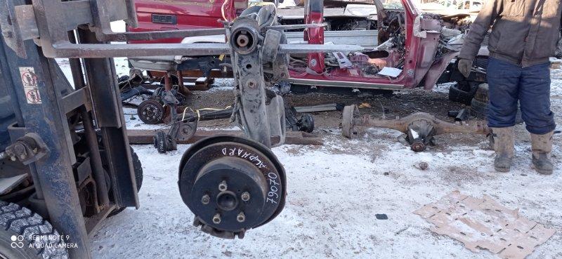 Балка со ступицами Toyota Alphard MNH10 1MZ-FE 2005 задняя