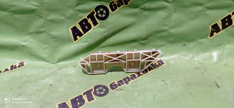 Крепление бампера Nissan Wingroad Y12 HR15(DE) 2011 заднее правое