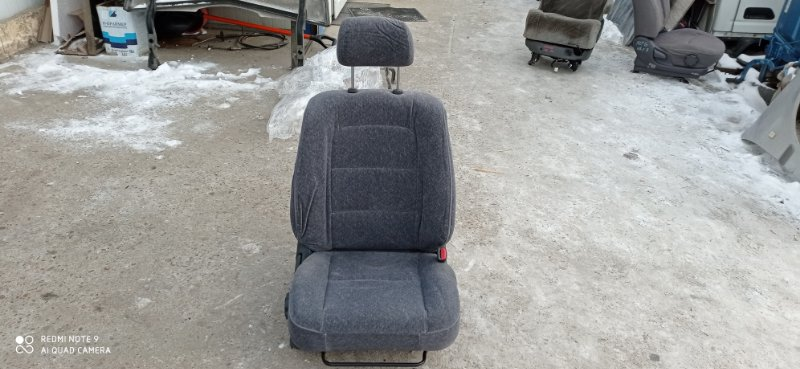 Сидение Toyota Carina AT211 7A-FE 2001 переднее правое