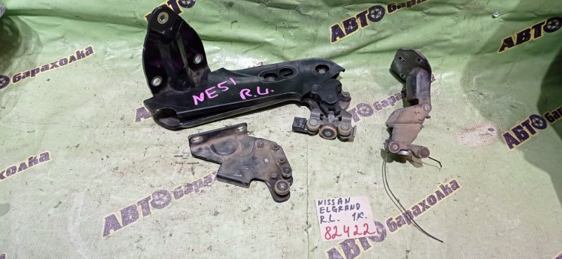 Ролик раздвижной двери Nissan Elgrand NE51 VQ35(DE) 2005 задний левый