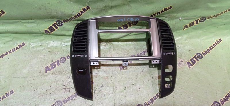 Консоль магнитофона Toyota Land Cruiser UZJ100 2UZ-FE 2003