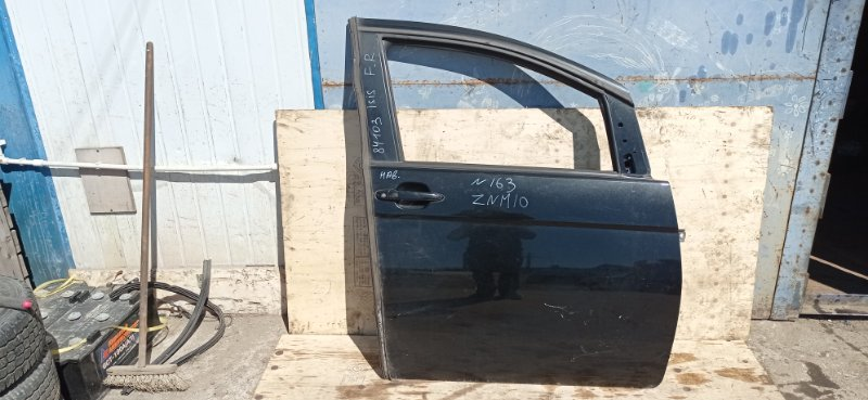 Дверь Toyota Isis ZNM10 1ZZ-FE 2005 передняя правая