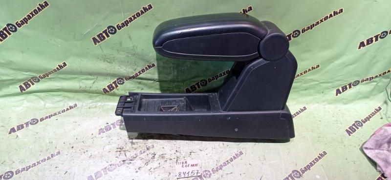Подлокотник Nissan Tiida C11 HR15 2009
