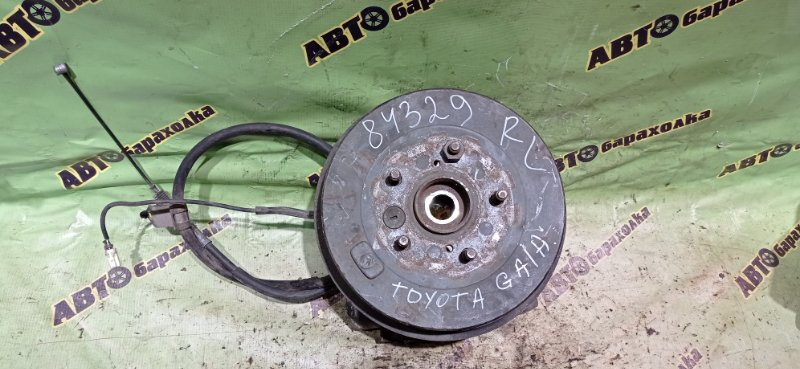 Ступица Toyota Gaia SXM15 3S-FE 2000 задняя левая