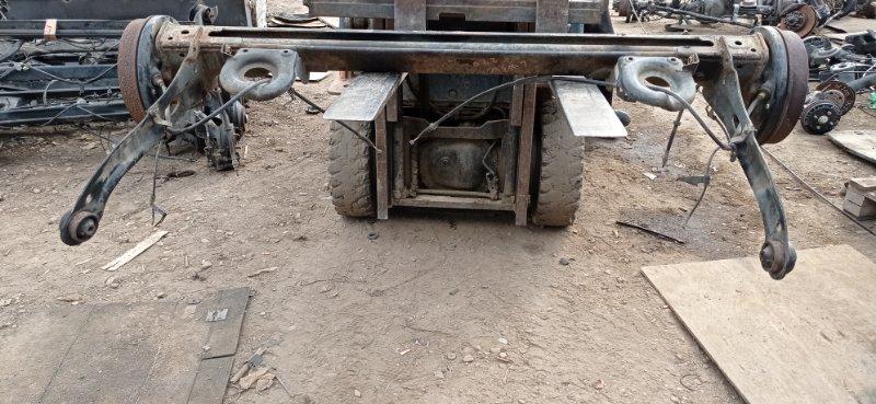 Балка со ступицами Mazda Mpv LW5W GY 2000 задняя