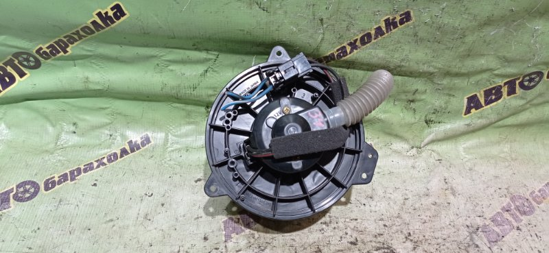 Мотор печки Mazda Premacy CP8W FP 2003