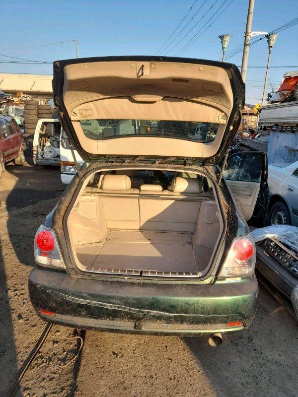 Шторка окна Toyota Altezza Gita JCE15 2JZ-GE 2001 задняя