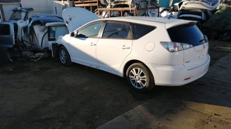 Стекло двери Toyota Caldina AZT246 1AZ-FSE 2005 переднее левое