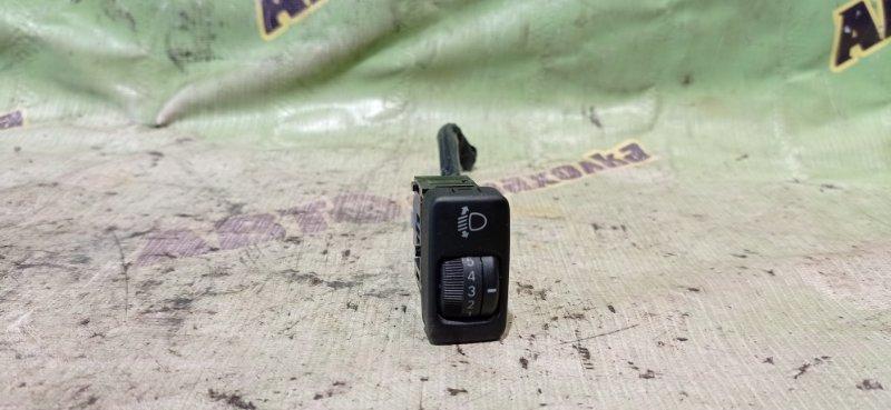 Кнопка корректора фар Toyota