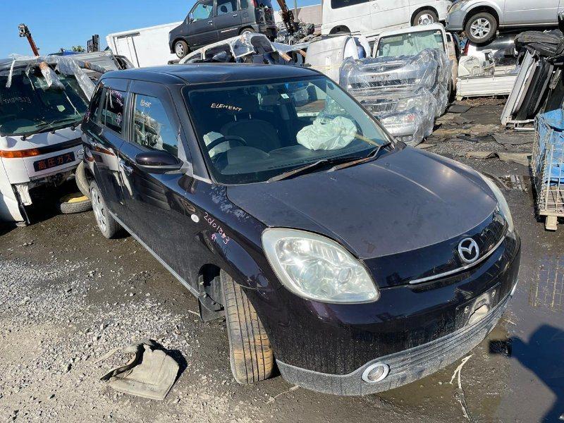 Стекло двери Mazda Verisa DC5W ZY 2005 заднее правое