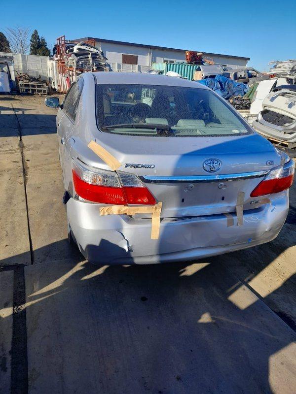 Вставка между стопов Toyota Premio ZRT261 3ZR-FAE 2008 задняя левая