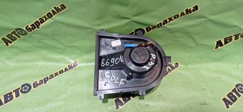 Мотор печки Volkswagen Golf EA113 2004