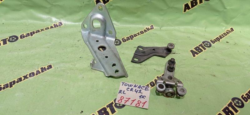 Ролик раздвижной двери Toyota Townace CR42 3C-E 2002 задний левый