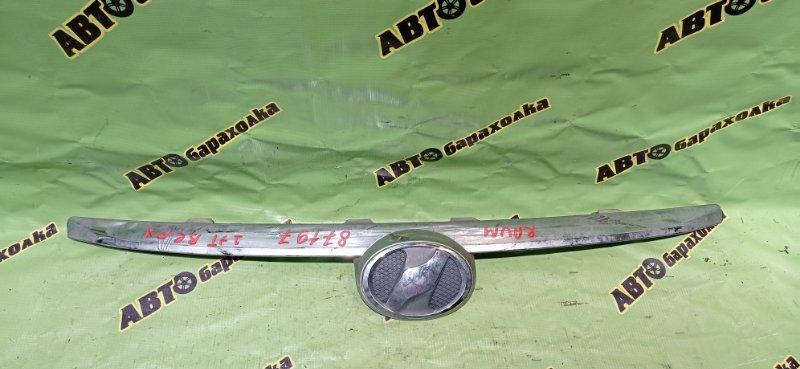 Решетка радиатора Toyota Raum NCZ20 1NZ-FE 2007 передняя