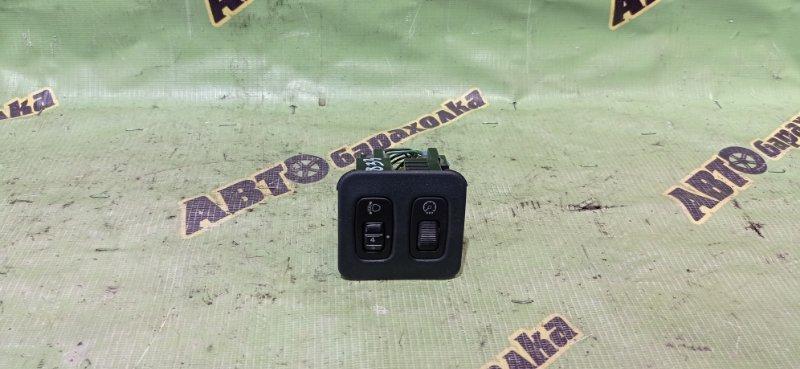 Кнопка корректора фар Mitsubishi Pajero V73W 6G72 2002