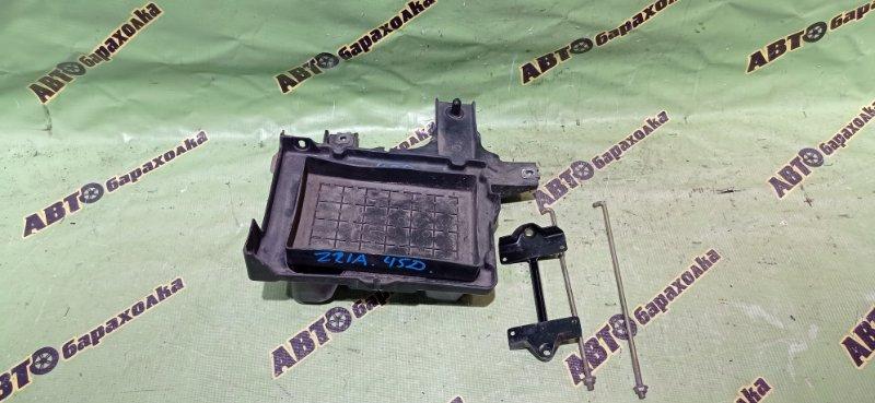 Крепление аккумулятора Mitsubishi Colt Z21A 4A90 2006