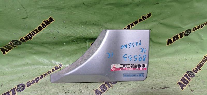 Накладка 5-й двери Mitsubishi Pajero V73W 6G72 2002 задняя правая