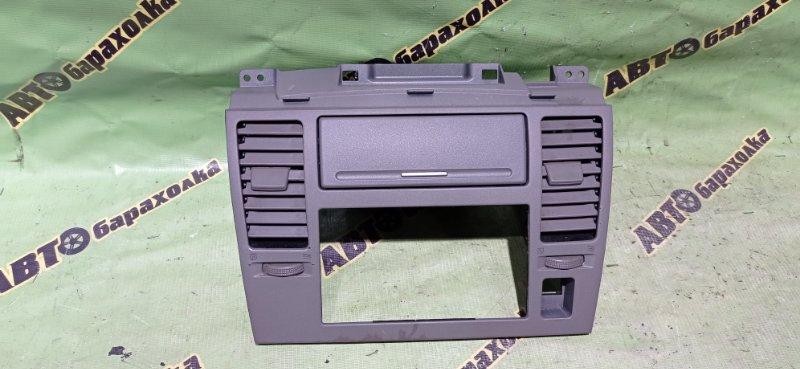 Консоль магнитофона Nissan Tiida C11 HR15 2006