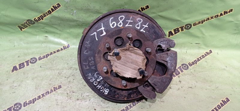 Ступица Isuzu Bighorn UBS69 передняя левая