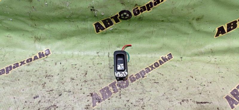 Кнопка стеклоподъемника Suzuki Swift HT51S M13A 2003 задняя правая