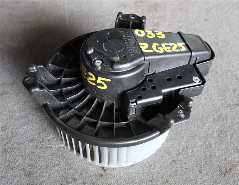 Мотор печки Toyota Wish ZGE25 2ZRFAE 2009 (б/у)