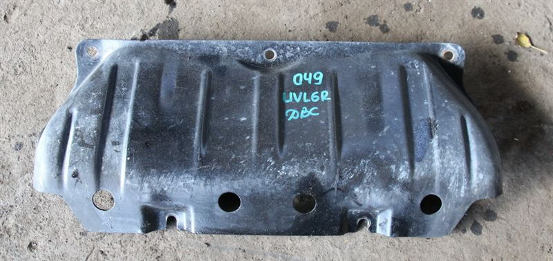 Защита двигателя Mazda Proceed Marvie UVL6R WLT 1997 (б/у)
