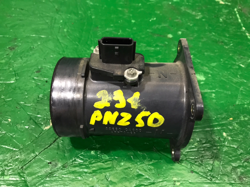 Датчик расхода воздуха Nissan Murano PNZ50 VQ35DE 2005 (б/у)