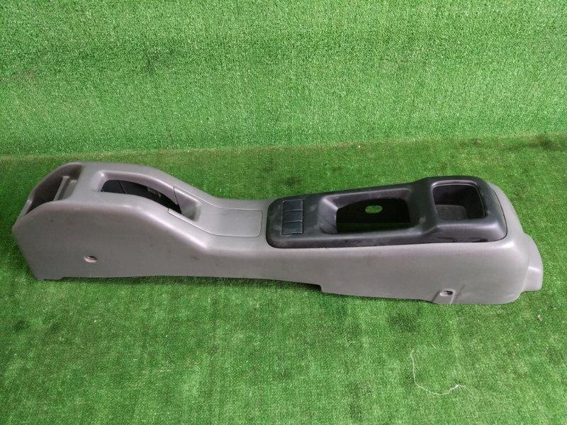 Бардачок между сиденьями Suzuki Swift HT51S M13A 2000 (б/у)