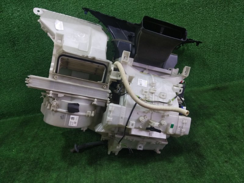 Корпус печки Toyota Ist ZSP110 2ZRFE 2008 (б/у)