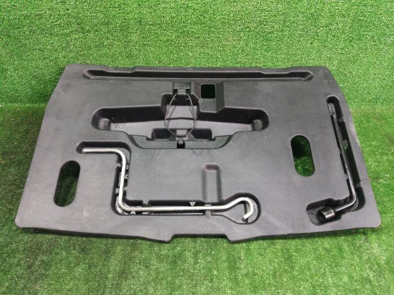 Ящик в багажник Toyota Corolla Spacio ZZE122 1ZZFE 2002 (б/у)