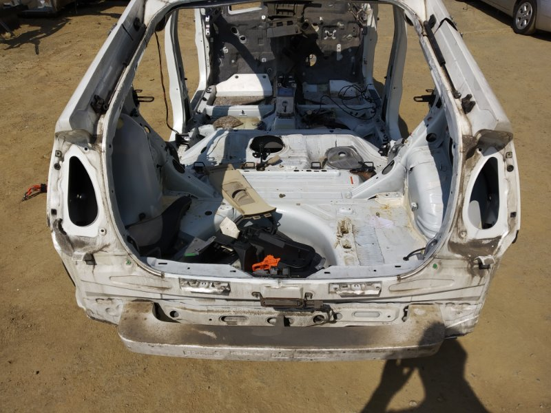 Задняя часть а/м Toyota Prius NHW20 1NZFXE 2004 (б/у)