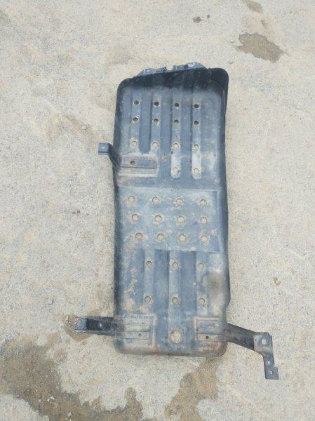 Защита топливного бака Toyota Hilux Surf RZN185 3RZFE 2001 (б/у)