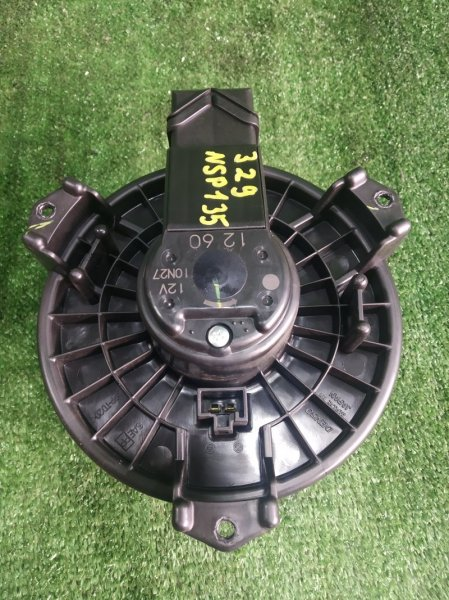 Мотор печки Toyota Vitz NSP135 1NRFE 2011 (б/у)