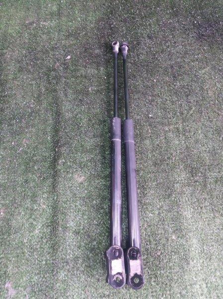 Амортизатор задней двери Toyota Vitz NSP135 1NRFE 2011 (б/у)