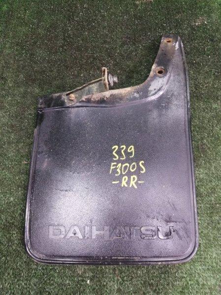 Брызговик Daihatsu Rocky F300S HDE 1994 задний правый (б/у)