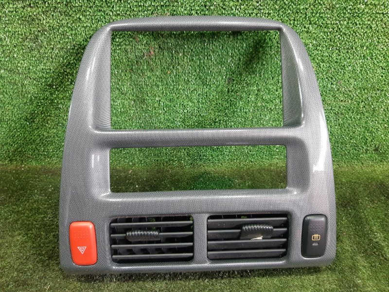 Консоль магнитофона Honda Hr-V GH3 D16A 2001 (б/у)