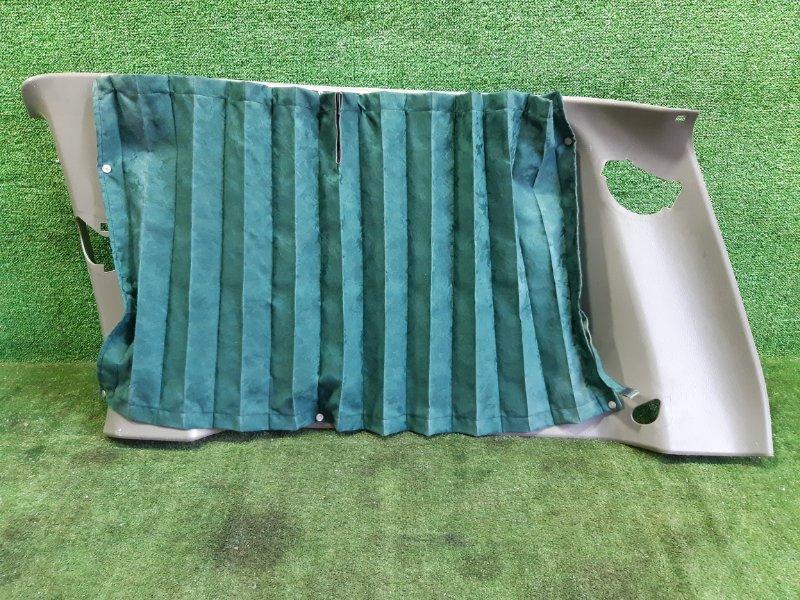 Обшивка багажника Nissan Safari WGY61 TB45E 2000 задняя правая (б/у)